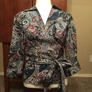 Ann Taylor Gorgeous Wrap Top Worn Once Size 2P